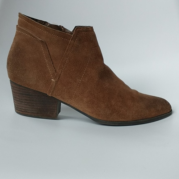 Crown Vintage Lauria Suede Ankle Boot W 9 1/2